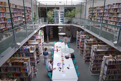 Die Bibliothek im Haus der Niederlande